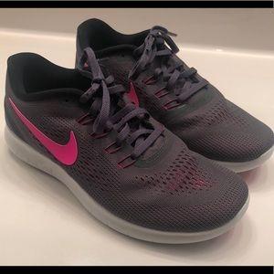 🏃🏼♀️ Nike Free RN Shoes